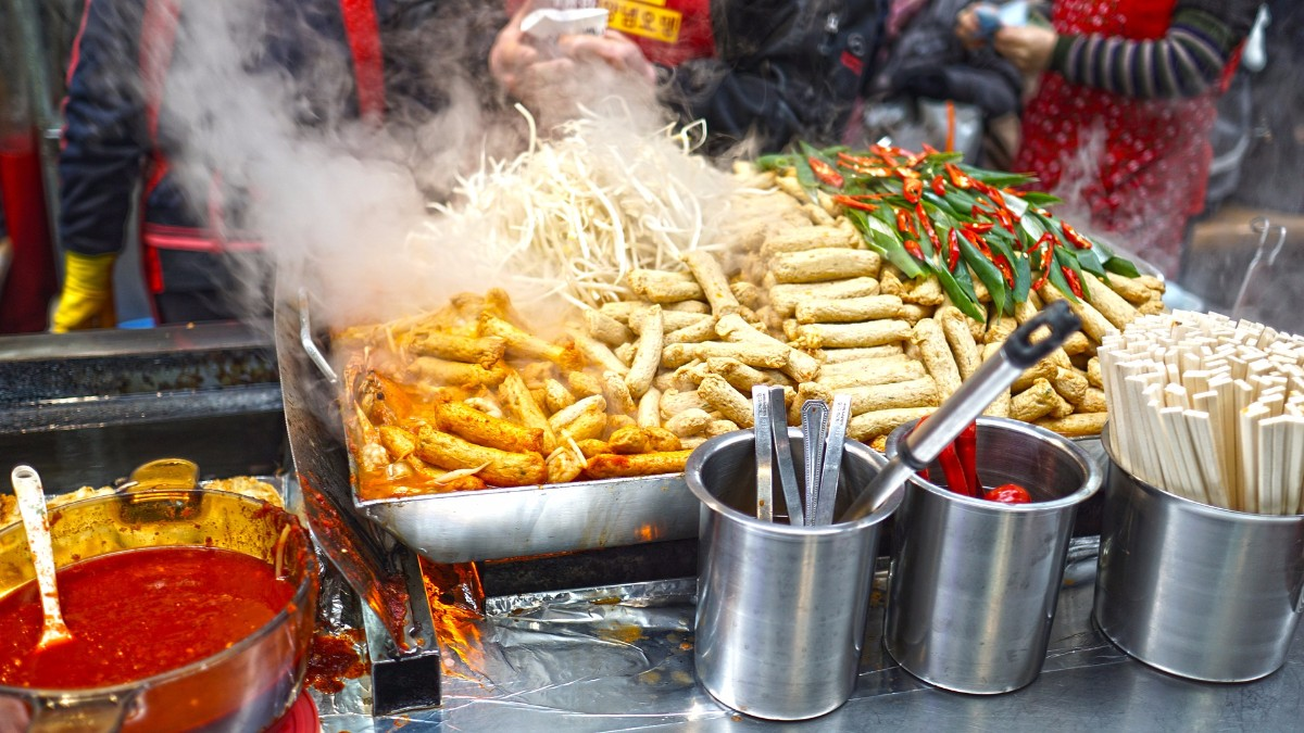 street food market travel